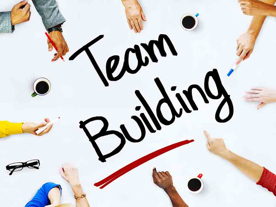7 Tips For Successful Team-Building Activities