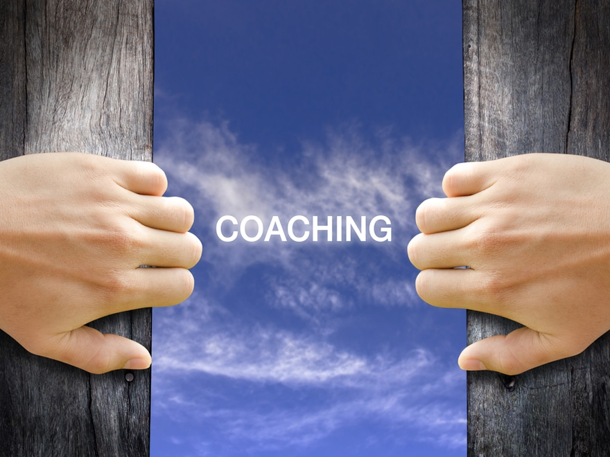 10 Qualities Of A Good Coach In The Workplace